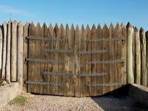 Hölzernes Tor der Wiederherstellungen der Militärverstärkung des Za Lizenzfreies Stockfoto