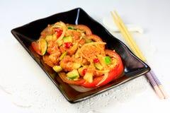Höna med chilic sås Arkivfoton