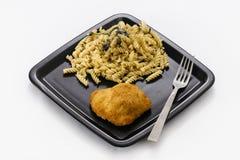 Höna och pasta royaltyfria foton