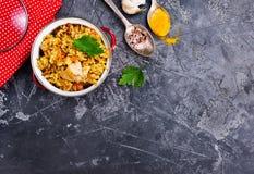 höna stekt rice royaltyfria foton