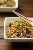 höna stekt rice arkivfoton