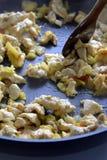 höna stekte grönsaker royaltyfria foton