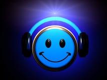 Hörende Musik des smiley Lizenzfreie Stockfotos