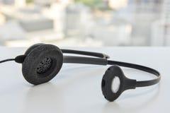 Hörlurar med mikrofon av IP-telefonen Royaltyfri Foto