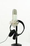 hörlurar med mikrofonmikrofon Arkivbild
