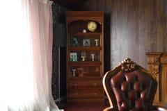 Hörn av ett klassiskt hus royaltyfria bilder