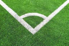 Hörn av fotboll & x28; soccer& x29; fält royaltyfri bild
