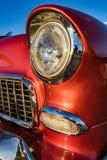 Hörndetalj för främre ljus av en klassisk amerikan 1950 för ` s Chevy Arkivbild