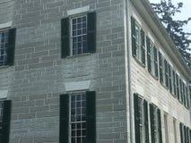Hörnperspektiv historiska hem- Shaker Village Arkivbilder