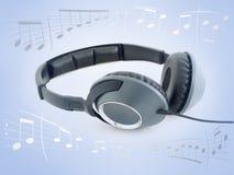 Hört Musik Lizenzfreie Stockfotografie