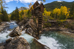 Höst i Crystal Mill Colorado Landscape Royaltyfri Bild
