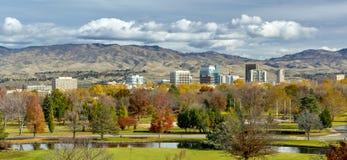 Höst i staden av träd Boise Idaho royaltyfri fotografi