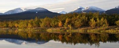 Höst lakelandskap Fotografering för Bildbyråer