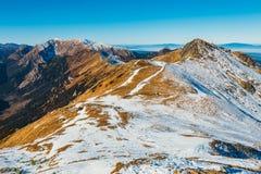 Höstberglandskap, Tatra berg royaltyfri bild