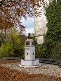 Höstbild av monumentet av Jean-Hubert Cavens i Malmedy, Belgien arkivbild