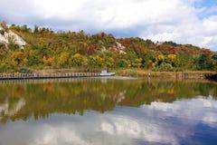 Hösten färgar reflexion Royaltyfri Fotografi