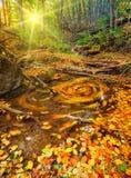 hösten gjorde tidigt bergbergbilden den polara strömmen Arkivbilder