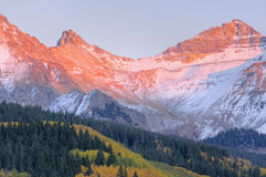 höstjuan berg san Royaltyfri Bild