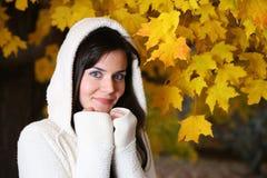 höstkvinna fotografering för bildbyråer