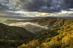 Höstlandskap i bergen av Lago-Naki, norr Kaukasus, Ryssland arkivbilder
