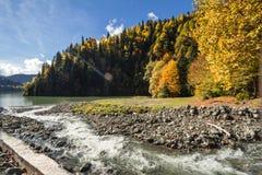 Höstlandskap Kaukasus Arkivfoto