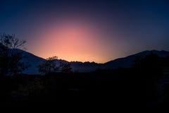 Höstpanorama på det italienska berget Arkivfoto