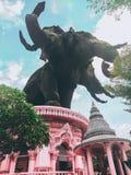 Hövdad elefant tre fotografering för bildbyråer