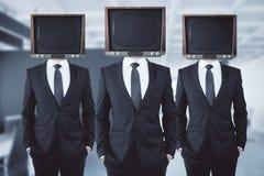 Hövdade affärsmän för föråldrad TV Royaltyfria Bilder