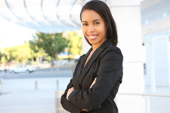 Hübsche Afroamerikaner-Geschäftsfrau Lizenzfreies Stockbild