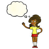 hübsche Frau der Karikatur, die für Aufmerksamkeit mit Gedankenblase wellenartig bewegt Lizenzfreie Stockbilder