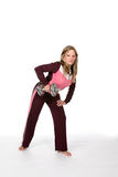Hübsche Frau, die schweren Barbell anhebt Lizenzfreie Stockfotografie
