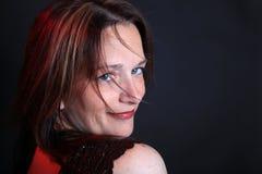 Hübsche Frau in ihren Vierzigern Stockfotos