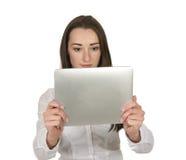 Freundliche Geschäftsfrau mit digitaler Tablette Stockbild