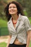 Hübscher Brunette in den Gläsern Lizenzfreies Stockfoto