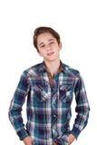 Hübscher Jugendlicher, der vor seinen Augen, lokalisiert auf Weiß schaut Stockbild