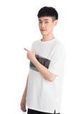 Hübscher junger Asien-Mann - lokalisiert über einem weißen Hintergrund Lizenzfreies Stockfoto