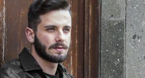 Hübscher junger Mann - sexy Mannblick Lizenzfreie Stockfotos