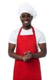 Hübscher männlicher Chef lokalisiert auf Weiß lizenzfreie stockfotografie