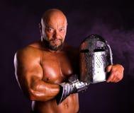 Hübscher muskulöser alter Krieger Lizenzfreie Stockfotos