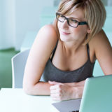 Hübscher Student/Geschäftsfrau Stockfotos