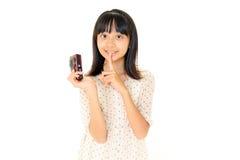 Hübsches Mädchen, das Foto bildet Stockfotografie