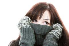 Hübsches Mädchen des Winters stockbild
