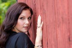 Hübsches Mädchen-Lehnen Lizenzfreie Stockbilder