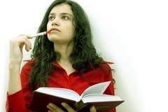 Hübsches Mädchen mit Buch Lizenzfreie Stockbilder