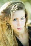 Hübsches Mädchen mit dem schönen Haar Stockbilder