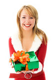 Hübsches Mädchen mit einem Weihnachtsgeschenk Stockfotografie