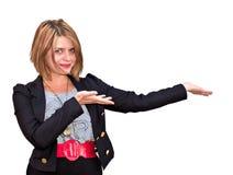 Hübsches professionelles blondes Frauendarstellen Lizenzfreies Stockfoto
