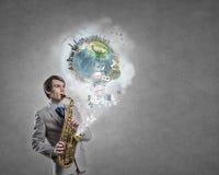 Hübsches Saxophonist Concept-Bild Stockfotos