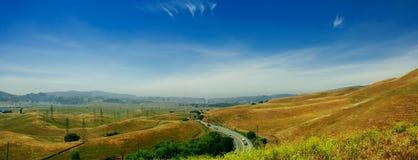 Hügel der Kalifornien-- Vallecitos Straße in Richtung zu San Stockbild