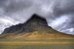 Hügel in einem Nebel Stockbilder